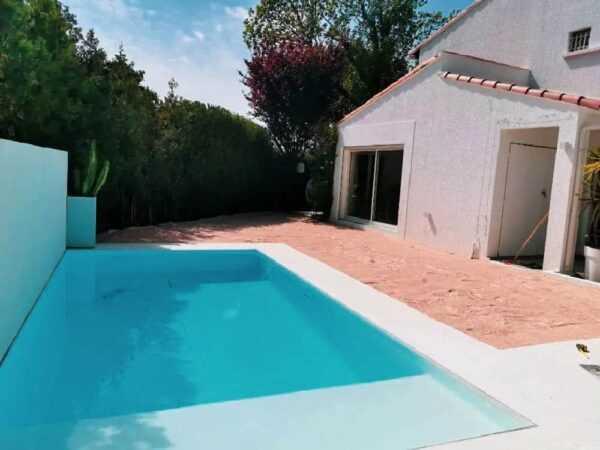 Livraison de sable piscine, gazon synthétique Velaux
