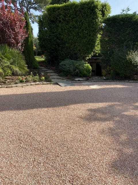 Livraison de gravier, sable, cailloux, jardin à Lançon de Provence
