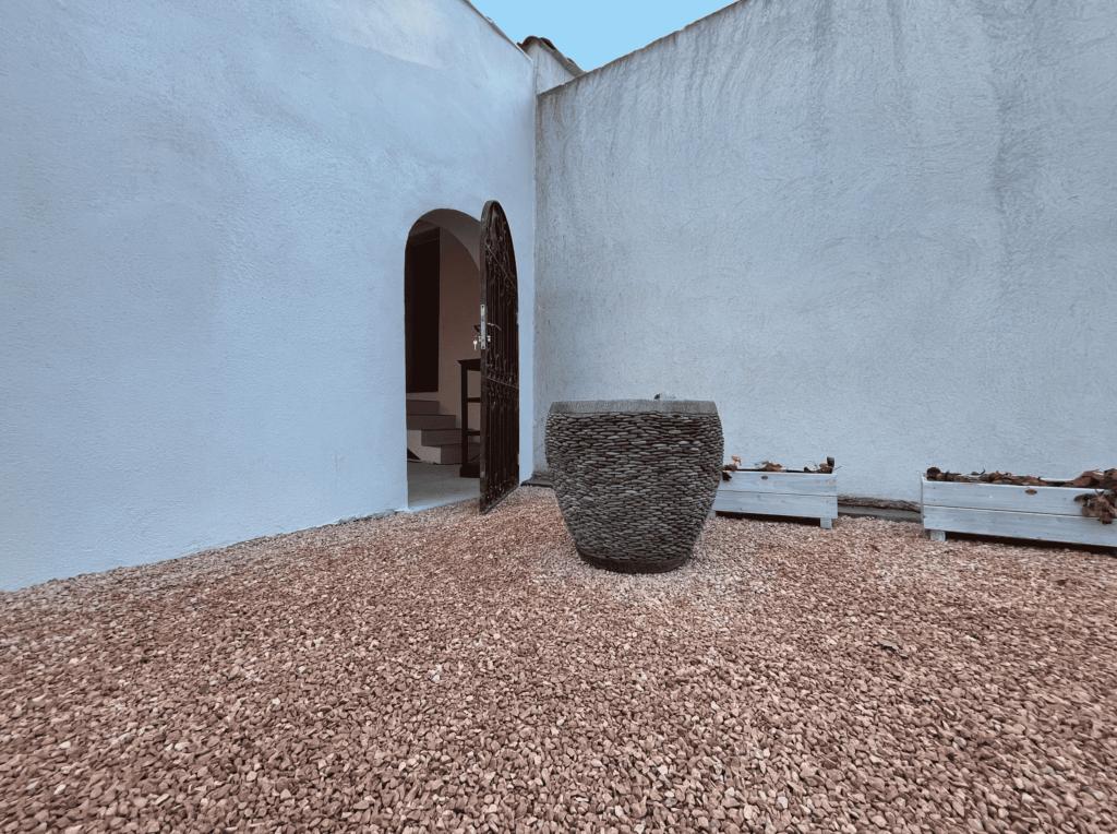 Livraison de graviers rose, Livraison de sable rose Bouches-du-Rhône 13, Vaucluse 84, Alpes de Haute Provence 04, Hautes Alpes 05, Alpes Maritimes 06, Var 83